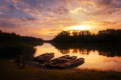 Calmness (Pásztor András) Tags: d5100 dslr nikon andras pasztor photography sunset sun light sigma 1020mm boats water lake pond reflection trees forest shore
