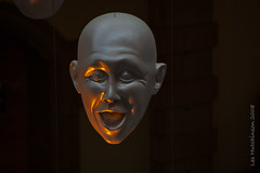 2008 08 11 - Laughing head 1 (LesHutchinson) Tags: emotions artinstallation glasgow kelvingrove floatingheads blue orange
