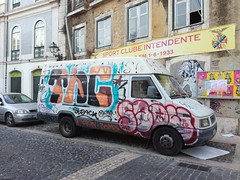 Lisbon graffiti (Thomas_Chrome) Tags: lisbon lisboa portugal graffiti streetart street art spray can europe illegal vandalism truck car bombing throwup throwups