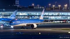 KLM B777 (Ramon Kok) Tags: 777 777300er 77w ams avgeek avporn aircraft airline airlines airplane airport airways amsterdam amsterdamairportschiphol aviation blue boeing boeing777 boeing777300er eham holland kl klm koninklijkeluchtvaartmaatschappij phbvb royaldutchairlines schiphol schipholairport thenetherlands luchthavenschiphol noordholland nederland