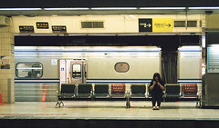 等待 / NIKON FM10 FUJIFILM (Chipmunk LIN) Tags: taiwan taipei town stree train trainstation people 台灣 台北 台北市 台北車站 火車 列車 等待 nikonfm10 nikon flim fm10 fujiflim 菲林 底片 底片機