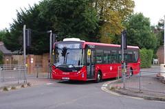 IMGP3281 (Steve Guess) Tags: epsom surrey england gb uk dorkingroad bus tfl alexander dennis adl enviro 200 mmc coaches quality line buses ratp dxe route293