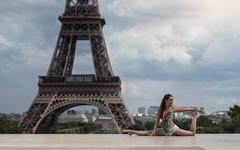 (dimitryroulland) Tags: nikon d750 85mm 18 dimitryroulland performer art artist dance dancer gym gymnast gymnastics pointe paris france natural light tour eiffel tower urban street city clouds