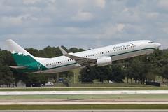 N916NN (JBoulin94) Tags: n916nn american airlines boeing 737800 special livery reno renoair retrojet retro houston georgebush intercontinental airport iah kiah usa texas tx john boulin