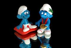 Proud Smurfs 🏆 (christiane.grosskopf) Tags: toys crazytuesday smurfs winner proud