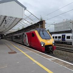 221109 at Crewe (12/9/19) (*ECMLexpress*) Tags: virgin trains west coast class 221 super voyager dmu 221109 crewe wcml