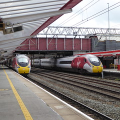 390013 & 390103 at Crewe (12/9/19) (*ECMLexpress*) Tags: virgin trains west coast class 390 pendolino emu 390013 390103 crewe wcml