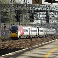 3901xx leaves Crewe (12/9/19) (*ECMLexpress*) Tags: virgin trains west coast class 390 pendolino emu crewe wcml