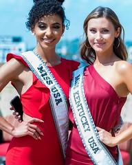 The 20th installment of the annual Dress for Success Pageant was a huge success! Almost $30,000 was raised to support women needing a hand up. Several special guests were in the audience including none other than Miss USA 2019 Cheslie Kryst from North Car (RCorsmeier) Tags: pixbyrich thebestyouheadshot headshot headshots headshotcrew headshotcrewinaction headshotcrew365 headshotphotography headshotphotographer nikon nikond750 business portrait bestportraits bestoftheday linkedin entrepreneur igerscincinnati cincinnati ohio cincy queencity cincygram cincinnatiohio cincinnatiphotographer cincinnatibusiness getnoticed lookability