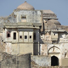 chittorgarh (gerben more) Tags: chittorgarh ruin palace fort dome architecture arch building