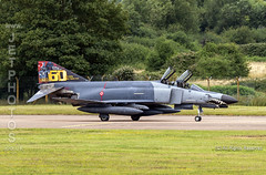 Turkish F-4E Phantom at the Royal International Air Tattoo 2019 (JetPhotos.co.uk) Tags: airdisplay airshow aircraft bobsharples flying military raffairford riat royalinternationalairtattoo aviation wwwjetphotoscouk turkish f4e phantom 2020 1nci anajet us111filo mcdonnelldouglas supersonic interceptor fighter bomber airsuperiority groundattack reconnaissance turkey turkishairforce
