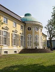 Schloss Peseckendorf (Helmut44) Tags: deutschland germany sachsenanhalt peseckendorf börde schloss baudenkmal renaissance architektur castle treppe window fenster