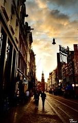 金色阿姆斯特丹 (Clonedbird 克隆鳥 & Iris 艾莉絲) Tags: amsterdam holland europe 歐洲 北歐 阿姆斯特丹 荷蘭 夕陽 鑄幣塔 munttoren