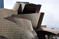 Bilbao - Museu Guggenheim (jaime.silva) Tags: bilbau bilbo bilbao guggenheimbilbao musée museu museum muzeum architecture architektura architektur architettura arquitectura arquitetura architectuur architektúra architektonik arhitectura arhitektuur arkitektúr arkitektur arkkitehtuuri arhitektura architektūra arhitektūra art arte gehry frankgehry espanha españa spain euskadi
