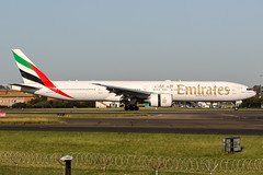 A6-EGD (PlanePixNase) Tags: planespotting airport aircraft sydney syd yssy kingsford smith boeing 777300 777 b777 emirates