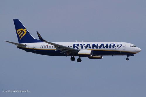 SP-RSL_B738WL_Ryanair Sun