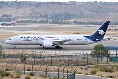 2019-06-24 MAD N128AM (Paul-H100) Tags: 20190624 mad n128am boeing 787 b787 dreamliner aeromexico