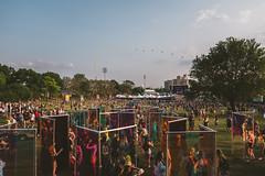 EXPERIENCE-104452-rohofoto (foundersentertainment) Tags: sunday gb19 balloons sky day art grass balloonchain mirror mirrorwall pagoda govballnycstage