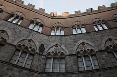 20190617-053F (m-klueber.de) Tags: 20190617053f 20190617 2019 mkbildkatalog toskana toscana italien italia italy siena palazzo gotik