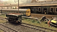 Stabled, Awaiting Rush Hour. (ManOfYorkshire) Tags: burgesshill scale model railway train show exhibition exhibit 176 oogauge electricmultipleunit emu britishrail bluegrey crossness stabled carriagesiding siding