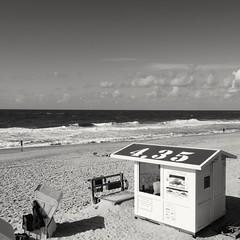 Beach View (FSR Photography) Tags: beach sylt strand strandkorb himmel clouds wolken wasser meer fsr fsrphotography monochrome monochrom sw bnw blackandwhite blackwhite schwarzweiss schwarzweis fujixt2 fujifilmxt2 fujifilm fuji