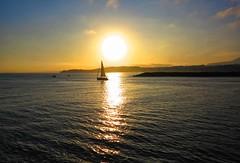 Amanece en la bahía (eitb.eus) Tags: eitbcom 16599 g1 tiemponaturaleza tiempon2019 costa gipuzkoa hondarribia josemariavega