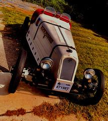 Stranded (The Big Jiggety) Tags: sports car voiture coche wagen automobile auto retro mostalgia