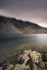 Low clouds (Rico the noob) Tags: 2018 rock d850 lakedistrict landscape nature water mountains outdoor lake stones clouds longexposure beach travel published uk sky dof rocks 20mmf18 20mm mountain