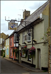 The Oliver Cromwell (Lotsapix) Tags: cambridgeshire stives pub tavern inn ale alehouse olivercromwell building buildings architecture