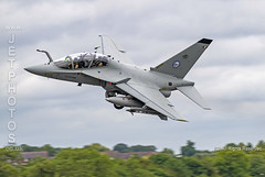 Leonardo T-346A at the Royal International Air Tattoo (JetPhotos.co.uk) Tags: airdisplay airshow aircraft bobsharples flying military raffairford riat royalinternationalairtattoo aviation wwwjetphotoscouk leonardo t346a m346 repartosperimentalevolo italianairforce practicadimare aleniaaermacchi twinengine transonic trainer leonardofinmeccanica jet advancedjettrainer lightattack combatfighter italiammilitarydesinationt346a t55232