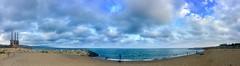 """""""La hora de la pesca desde la playa"""" (atempviatja) Tags: mar cielo nubes azul barcelona agua paisaje marino verano playa besos"""