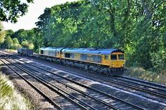 66750 & 66774 (stavioni) Tags: class66 gbrf gb railfreight rail diesel railway freight train shed 66774 66750 bristol panel signal box