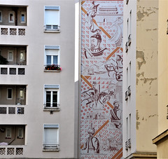 Silk road : A mural made in the 1960s (Jeanne Menjoulet) Tags: mural silkroad routedelasoie lyon france fresque murale fresco croixrousse tamerlan gengiskhan zhangquian leitsou
