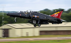 RAF Hawk T2 take off at the Royal International Air Tattoo 2019 (JetPhotos.co.uk) Tags: airdisplay airshow aircraft bobsharples flying military raffairford riat royalinternationalairtattoo aviation wwwjetphotoscouk ivrsquadron 4rsquadron centenary zk018 19122012 royalairforce raf hawk t2 bristishaerospace baesystems advancedtrainer takeoff launch departure runway buildings workshops trees woods treeline k sky dull cloud