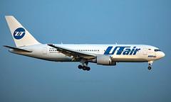 VP-BAG - Boeing 767-224(ER) - VKO (Seán Noel O'Connell) Tags: utairaviation vpbag boeing 767224er b767 b762 767 vnukovointernationalairport vko uuww tas uttt ut806 uta806 aviation avgeek aviationphotography planespotting