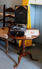 Gramophone (Terry Hassan) Tags: ciddingstonecastle house antique historical gramophone recordplayer