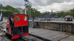 The Car Show (MylesBeevor) Tags: uk lake wales train cymru railway loco trains steam snowdon locomotive welsh llanberis snowdonia railways quarry llyn dinorwic padarn llr elidir ddu gilfach hunslet