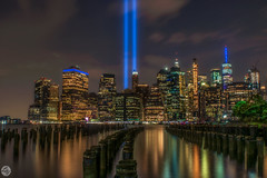 Tribute of lights 9/11 (lesly_valdez) Tags: tributeoflight 911 nyc brooklynbridge brooklyn twin towers light nightphotography nikond750 freedom tower brisge park