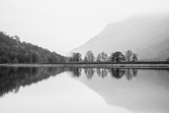 5D4_7042 (Richard McVeigh Photography) Tags: lakedistrict brotherswater reflections mountain mist lowcloud cloud highkey blackandwhite bw cumbria water