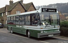 H245MUK Luton & District DC8 (theroumynante) Tags: h245muk luton district dc8 dennis dart carlyle aldbury hemel bus buses road transport singledeck stepentrance
