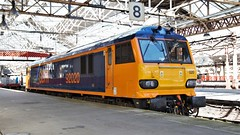 Ready to Return (TimboM) Tags: class92 92020 milton gbrf gbrailfreight 0z92 lightengine reinstatement crewe crewestation wcml dyson brushtraction brush