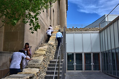 "Andy Goldsworthy's ""Walking Wall"" progresses at the Nelson-Atkins Museum of Art in Kansas City, Missouri.  Part 9 (5 of 6) (kzzzkc) Tags: nikon d750 usa missouri kansascity andygoldsworthy walkingwall nelsonatkins museumofart stone wall moving temporary sculpture people stairway"