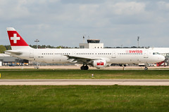 HB-IOK (PlanePixNase) Tags: aircraft airport planespotting haj eddv hannover langenhagen swiss airbus 321 a321