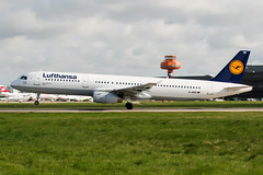 D-AIRS (PlanePixNase) Tags: aircraft airport planespotting haj eddv hannover langenhagen lufthansa airbus 321 a321