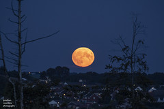 Friday the 13th Full Moon (jonathancoombes) Tags: fuulmoon moon harvestmoon nightsky nightphotography friday13th bolton northwest rivington
