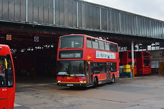 PVL284 - 291 Sidcup Police Station (Gellico) Tags: go ahead london central last plaxton president pvl b7tl
