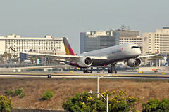 HL8078 (Rich Snyder--Jetarazzi Photography) Tags: asianaairlines asiana aar oz airbus a350 a350900 a350941 a359 hl8078 landing losangelesinternationalairport lax klax playadelray california ca airplane airliner aircraft jet plane jetliner
