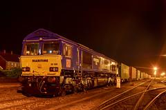 66090 (David Blandford photography) Tags: 66090 intermodal maritime six eastleigheastyard railfreight night dbcargo dbc