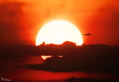 Leaving on a Jet Plane (Karnevil) Tags: usa northcarolina nc raleigh northraleigh wakeforest fallsoftheneuse greenhillscountypark northwakelandfilldistrictpark landfill topofthehilltrail sun amunra sunset airplane plane jet rdu flight fly leavingonajetplane peterpaulandmary 200mm600mm 600mm 2xteleconverter teleconverter sonyalpha alpha sony a7riii a7 riii compositephoto petekreps
