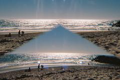 ▲ (isadora.jpg) Tags: 35mm film kodak ektar 100 asanuma 3r prism filter split field kaledoscope multi image pyramid beach sun blue pentax me super tamron 28mm summer f25 triangle